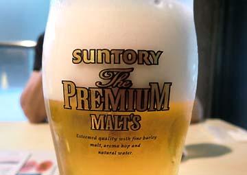 暑い日にビールは合います!